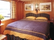 Napoleon - Upper Deck Cabin © Belmond Afloat in France