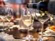 Wine pouring © Grand Victoria