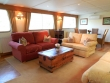 Barge Meanderer Living Room © Sonia Jones