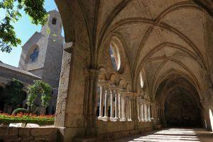 Abbaye de Fontfroide © Papillon
